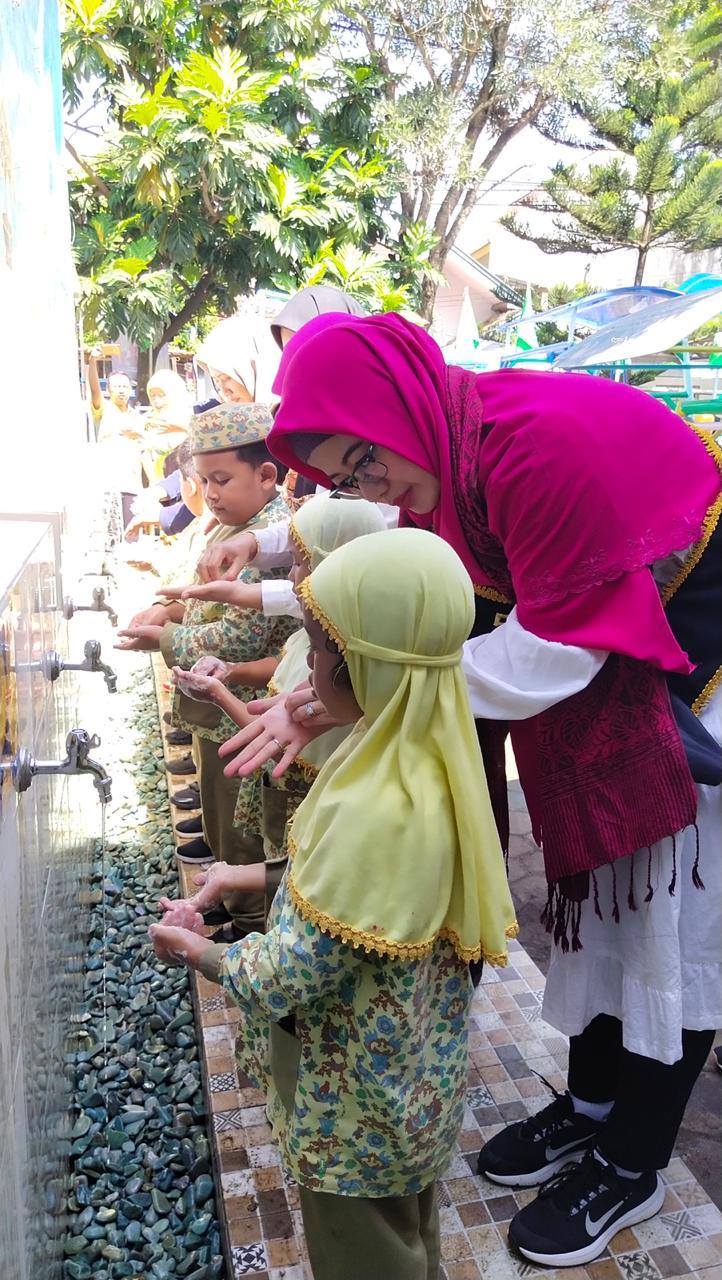 OASE-KIM Ajarkan Cinta Kebersihan pada Anak