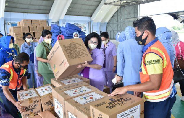 OASE-KIM bersama Ketua Umum Dharma Pertiwi Salurkan Bantuan Untuk Korban Bencana Alam Kalsel dan Sulbar